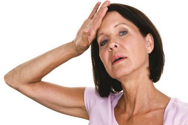 обычно в сорок с небольшим лет менструация прекращается