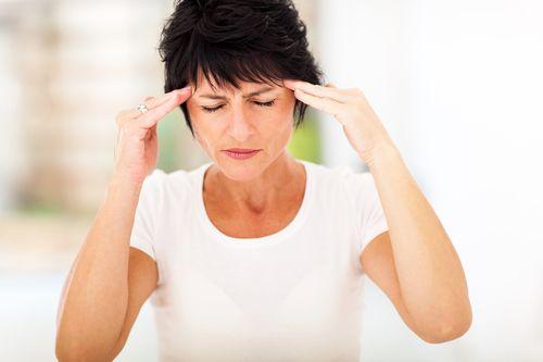 Головные боли у женщин среднего возраста