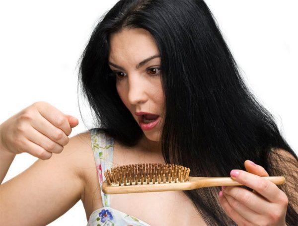 Выдение волос
