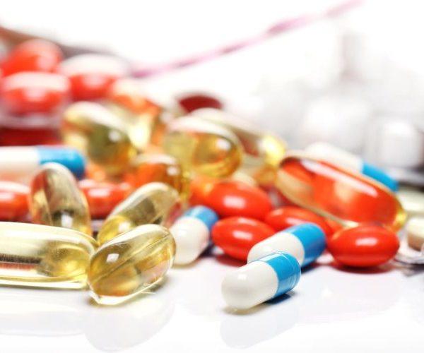 Препараты железа и витамины