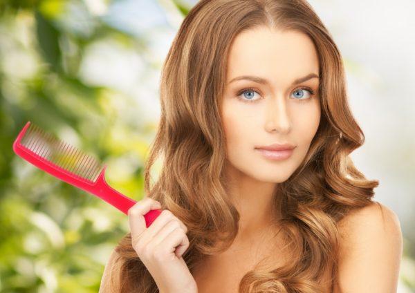 Женщина у которой волосы растут из пизды