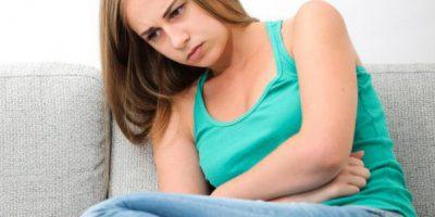 Тошнит во время месячных: почему так происходит, методы лечения