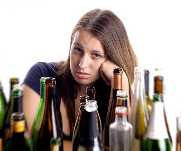 Женщина алкоголь