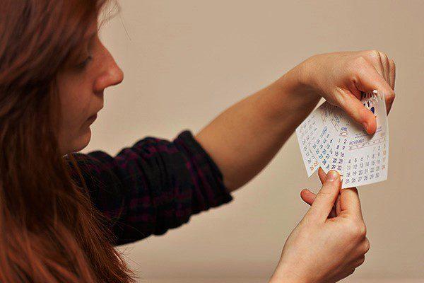 признаками вторичной альгодисменореи служат: нарушение менструального цикла, обильные выделения с запахом