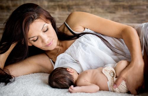 После родов кормление грудью