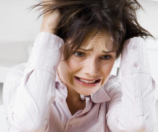 сильный стресс у женищны