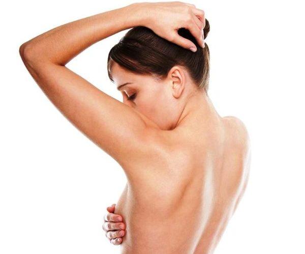 Боль в груди женищина