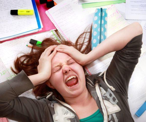Девочка подросток стресс