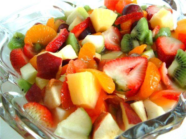 овощные и фруктовые салаты