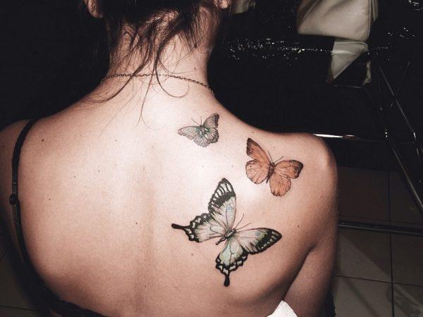Можно ли делать татуаж во время месячных: риски и осложнения